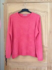 Ft Ladies marks and spencer size 22 round neck jumper very soft 3/4. Length sleeve