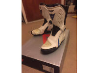 Dainese ST TRQ size 9/ 43 leather motorbike boots