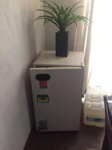 Bar fridge Greenfields Mandurah Area Preview
