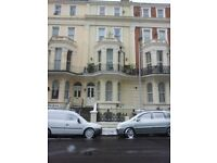 ONE BEDROOM FLAT. SEAFRONT. EASTBOURNE.