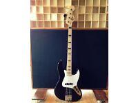 Fender Geddy Lee Jazz Bass with Maple Fingerboard, Black