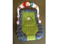 Chicco seat, with adjustable, can sit, play,with safety belt, works with battery