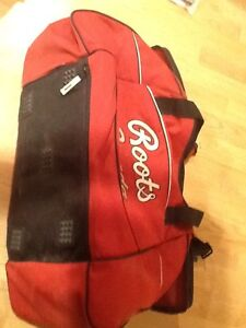 Roots travel bag or sports bag