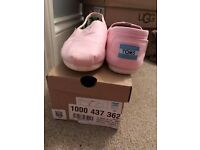 pink genuine toms size 5