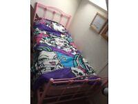 Single metal pink hearts bed frame