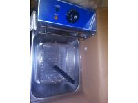 brand new in box fryer 6litre family size