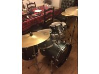 Pearl Forum Drum Kit 5pc with Hi-Hat, Ride, Cymbal & Stool