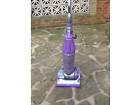 Dyson Vacuum Cleaner NOT WORKING for spares / repairs only