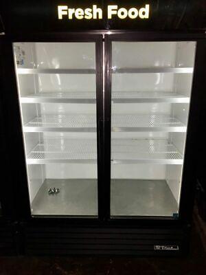 True Gdm-49 2 Door Glass Merchandising Cooler
