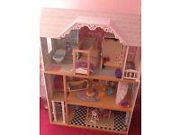 Pretty dolls house