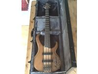 Ibanez BTB 675 Active Bass Guitar incl Hard Case and Roland Cube 20XL Amplifier