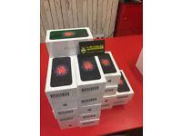 APPLE IPHONE SE ON EE BRAND NEW BOX SEALED