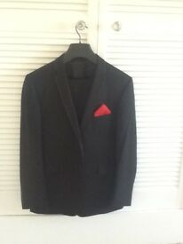 Mans black evening suit immaculate condition jacket 42 chest trousers 34 waist