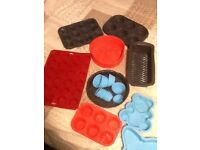 Silicone oven dishes