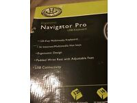 GearHead KB4200NPU Windows Navigator Pro USB Keyboard