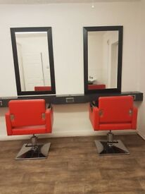 Hairdressing chair to let / rent