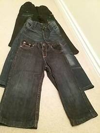 3 pairs of boys jeans age 3-4 yrs great condition