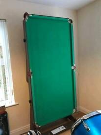Foldaway pool table with all accessories included