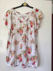 New Look White Patterned Top - Size 16 ** Good Condition ** REDUCED