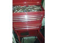 tool chest / box