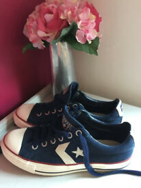 Unisex Navy Suede Converse Starplayer SIZE 8 Never Worn