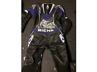 RICHA black blue and white leather biker suit- Size XL- Immaculate- £120 collect Fareham Po15