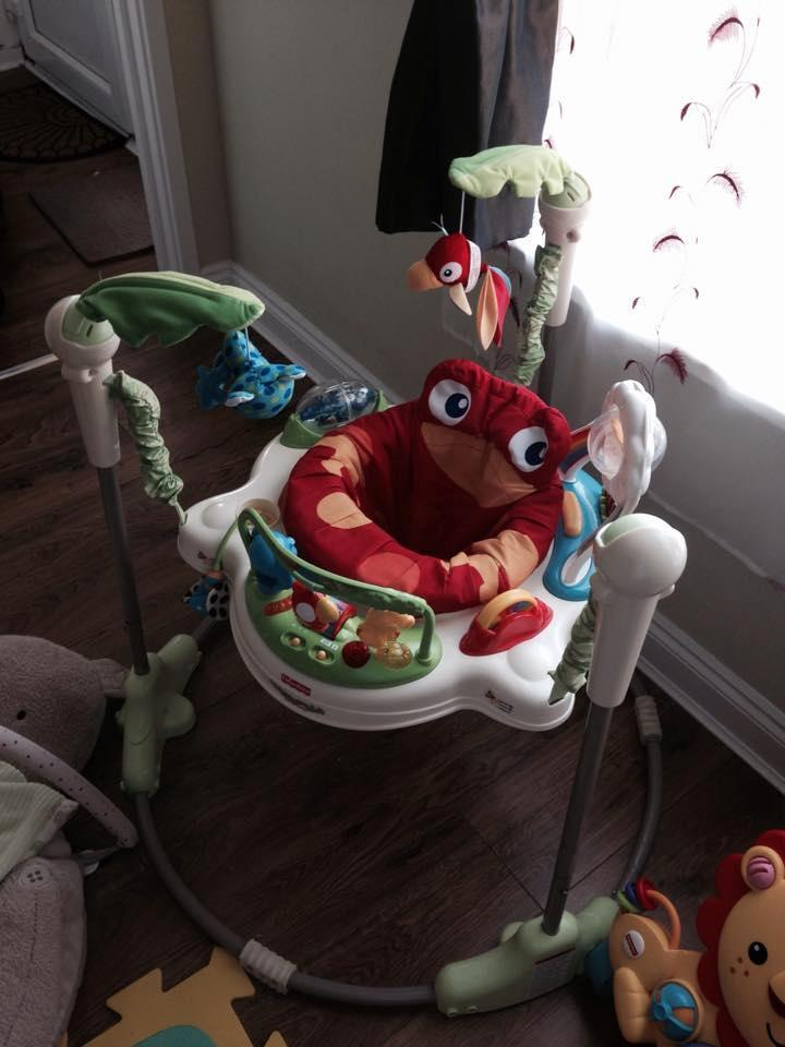 Fisher Price Ocean Wonders Aquarium Crib Soother 1 12