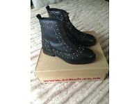 Schuh boots size 6