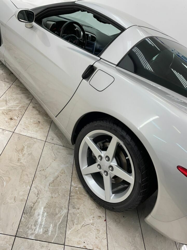 2005 Tan Chevrolet Corvette Coupe  | C6 Corvette Photo 8