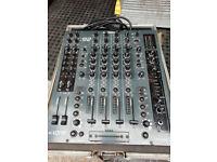 Allen & Heath Xone 92, 4 channel, DJ mixer