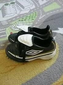 Umbro black/gold football trainers size 12