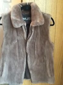 Stunning real fur Canadian gilet by Musi size 10, cost £600