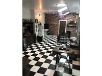 Shop / space / barbers / Beauty salon / nail salon / tattoo chair / to rent / to lease