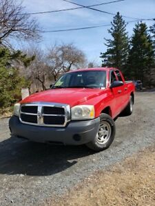 2005 Dodge Dakota Quad Cab 2WD