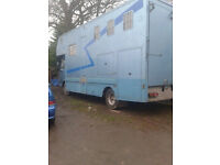 7.5 ton Horse Box 3 horses P reg extremly low milage 11 months plate full living with toilet