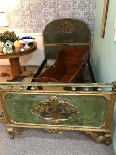 Antique Berkey & Gay Wooden Bed Full