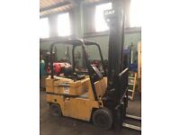 Caterpillar 2.5 tonne Forklift - 20ft reach - side shift - Works perfect - NO VAT