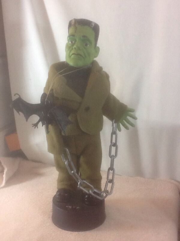 1992 Telco FRANKENSTEIN MONSTER Official Universal Studios Groans & Moves Arms