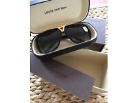Louis Vuitton AUTHENTIC Evidence Sunglasses - Unisex