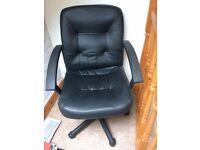 Gas lift desk chair