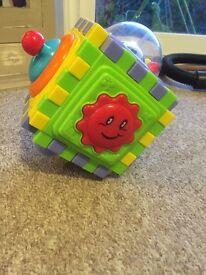 Babies activity cube
