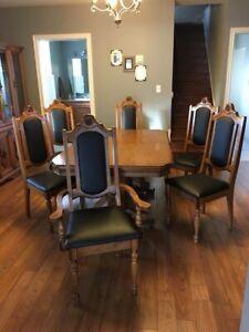 Beautiful oak wood table with buffet hutch