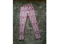 Boohoo patterned leggings size 8