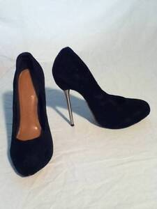 SIREN Black Suede Spike Platform Heels - Size 7.5 Bentleigh Glen Eira Area Preview