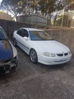 Commodore A1 Wreaking and Others Parts for sale VT VX VY VU VZ