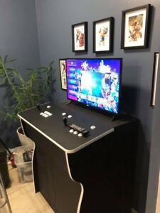 Arcade pedestal 30,000+ games perfect Xmas gift