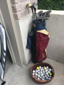 Wilson Bag with Clubs & Basket of Balls
