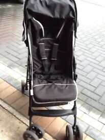 Hauck Black Sport Stroller Complete With Rain Cover & Cosytoes