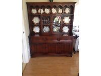 Old Charm Sideboard with Dresser Top