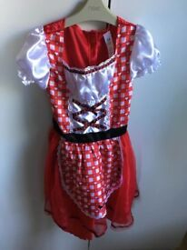 Girls fancy dress outfit age 7-8 years £4 collection from Shepshed. (can post)